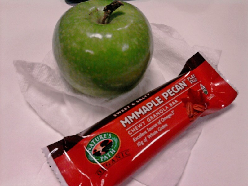 apple and granola bar