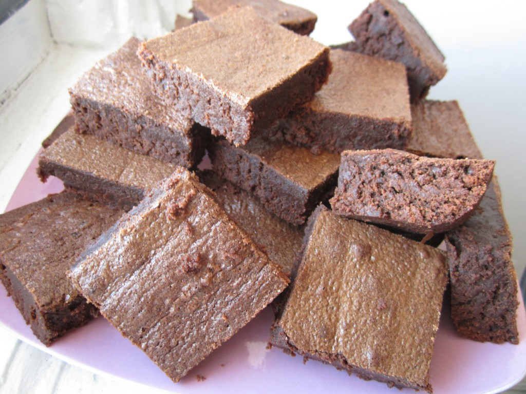Slightly Spicy Brownies (makes 24 small-ish brownies)